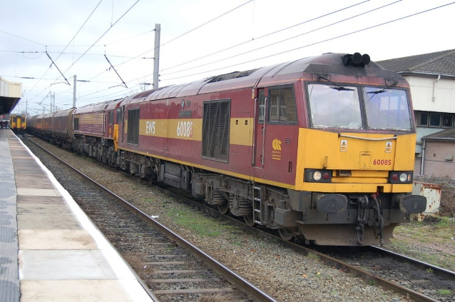 db-cargo-freight-train-in-uk